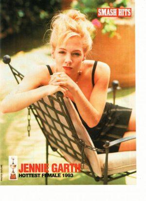 Jennie Garth black dress lawn chair