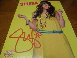 Selena Gomez Robert Pattinson teen magazine poster clipping yellow dress Bop