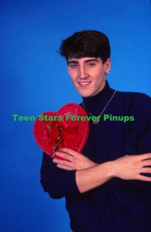 Jonathan Knight Happy Valentine's Day photo shoot 1989 photo New Kids on the block