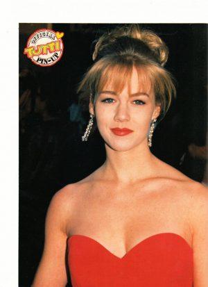 Jennie Garth red dress