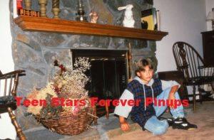 Jonathan Taylor Thomas home fireplace inside house JTT teen idol photo